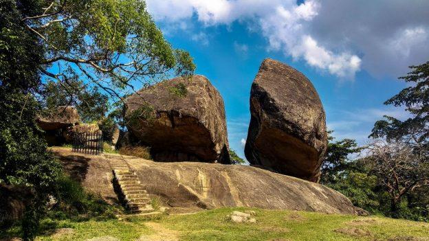Prorider Trip Sri Lanka Frumusețe Anuradhapura (Ruinele vessagiriya)