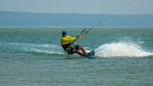 Prorider Trip Sri Lanka Kite Spot Kalpitiya Vella Island Kitesurfer On Flat