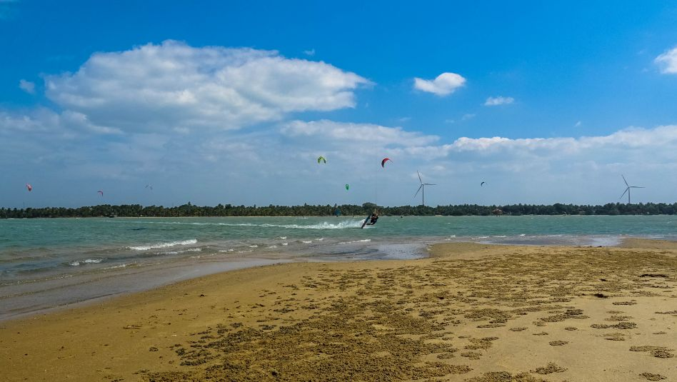 Prorider Trip Sri Lanka Kite Spot Kalpitiya Vella Island Kalpitiya lagoon kite tricks