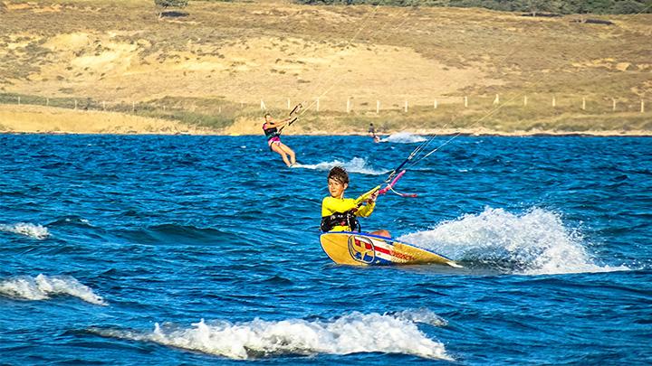 Prorider Story Trip Turcia Insula Gokceada Kitesurf School F One Surf